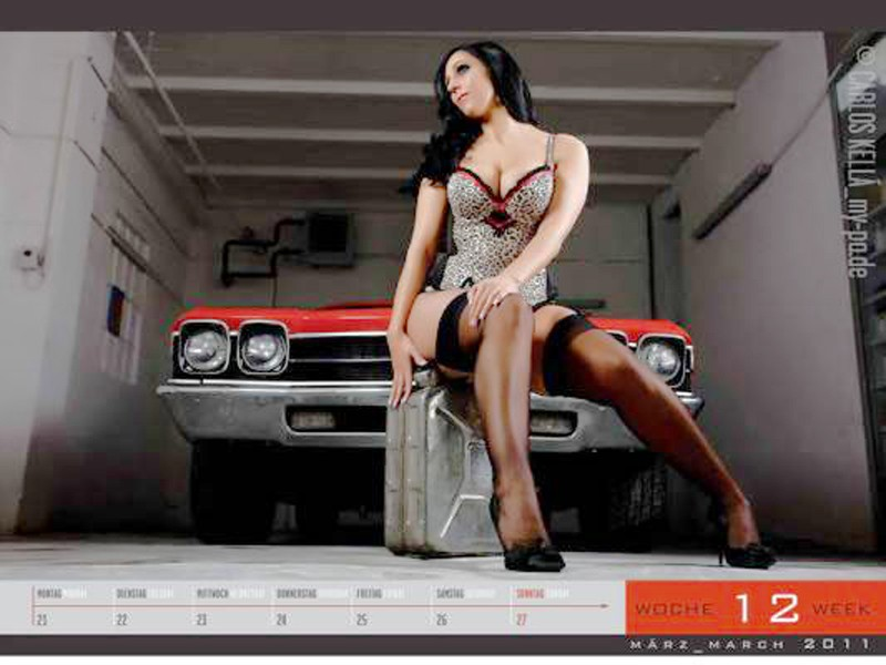 Autokalender, cars & girls, Erotik, Chron, Nylon, Strapsen, Strümpfe, High Heels, girls and legendary Cars 2011,