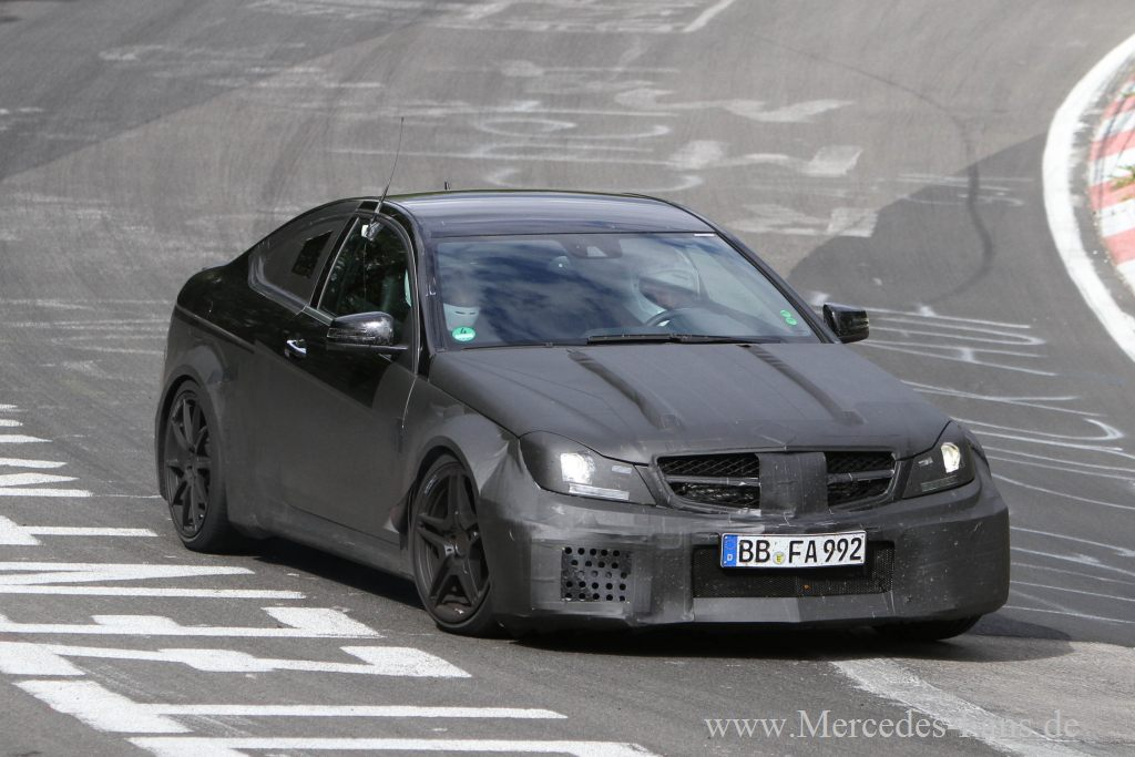 mercedes-benz, c63, amg, prototyp, bilder, spy shot, erprobung, foto, black series, blackseries, c-klasse, amg, coup&eacute;, v8 