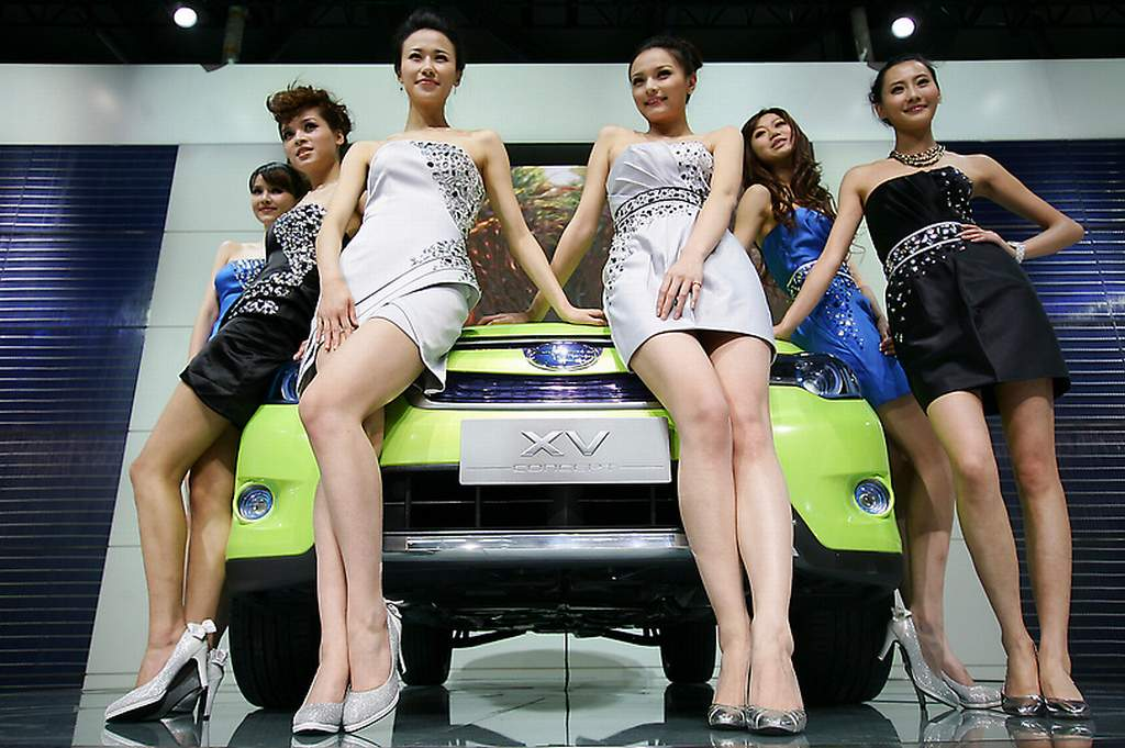 Tokyo Motor Show, Tokyo Auto Show,  Hostess, babes, Girls,  sexy wheels, heels, Tuning, Automesse, Car show, motor show, 2011, Divas, leg queen