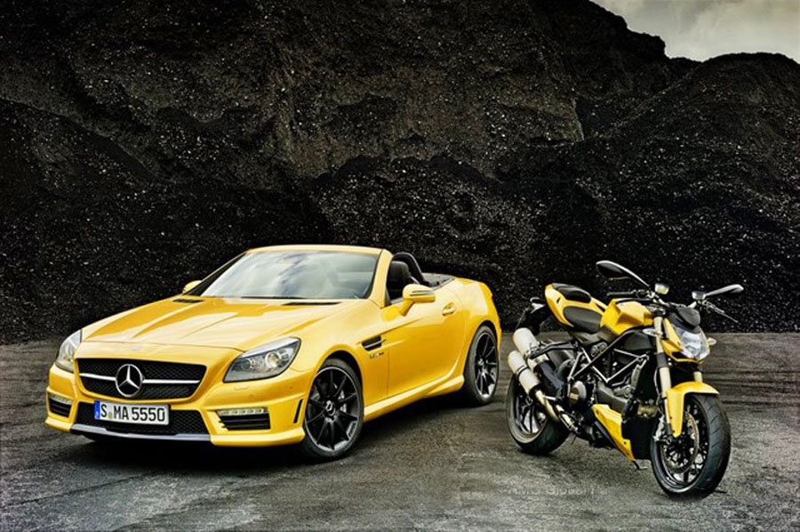 Mercedes SLK 55 AMG, Ducati, 848,Streetfighter, Bologna Motor show, bologna, auto show,  AMG, Kooperation, Edition Ducati 