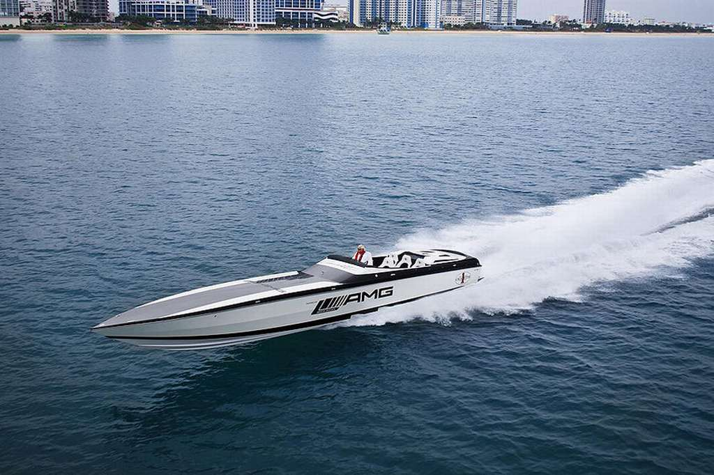 Mercedes-Benz, C63 AMG, Black Series , Cigarette racing, speedboat, 2012, USA, Promotion. Design, Styling