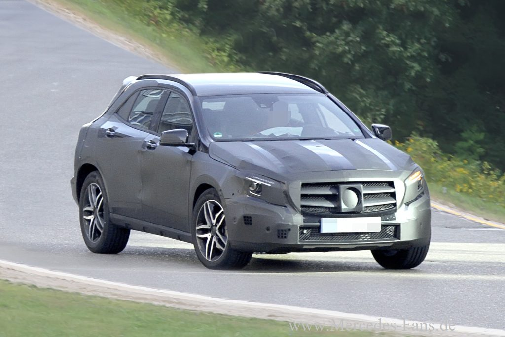 Mercedes-Benz, GLA, SUV, Baby-SUV, A-Klasse, NAK, Erlknig, spy shot, fotos, bilder 