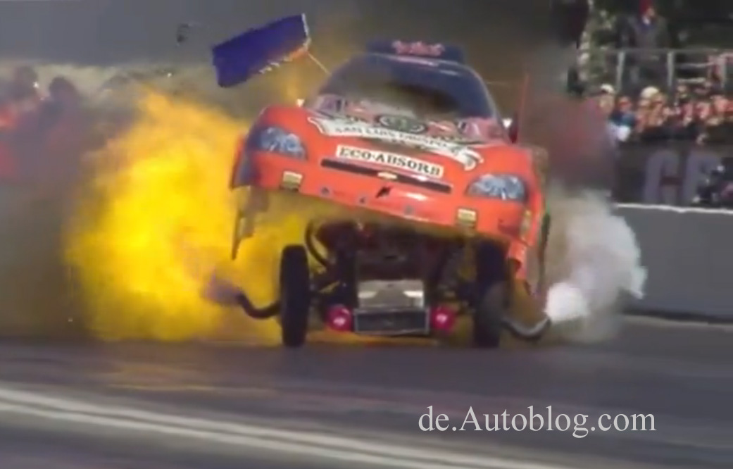 Dragster, funny car, explosion, unglück, NHRA, Todd Lesenko, explodiert, top Fuel,  Slow Motion, Video, film, drag strip