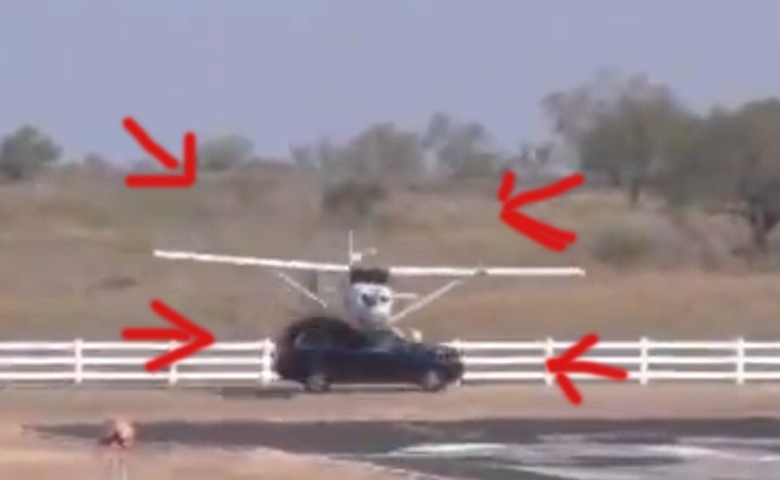 Plane, Video, featured, volvo, crash, accident, Texas, Horror-Crash, Flugzeug,  Landung, aufprall, Kollison, Zusammenstoß, zusammenstoßen, verletzt, schwer verletzt, Unglück, Katastrophe,