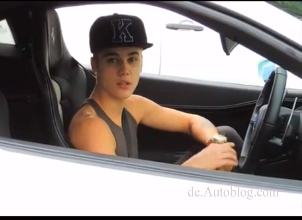 Los Angeles, traffic, legt Verkehr lahm, Los Angeles, Paparazzi, Papararro, car chase, verfolungsjagd, Justine Bieber, VIP, Star, pop star, promi,