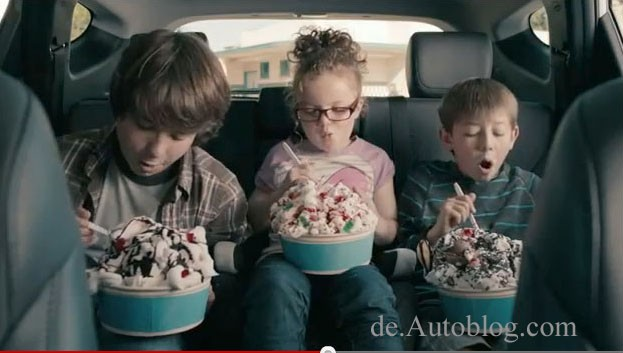 Hyundai, don't tell mom, super bowl, game day, ad, commercial, promo, autowerbung, video, lustig, funny, komisch, santa fe