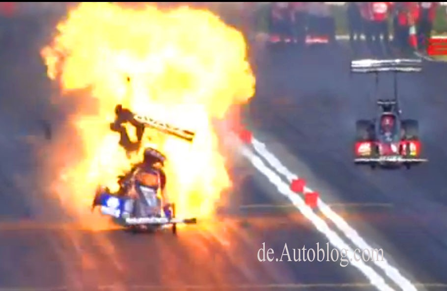 Antron Brown, NHRA, Top Fuel, crash, fireball, Feuerball,  Pomona Winter Nationals, Dragster, Video, youtube, explosion, feuer, flammen