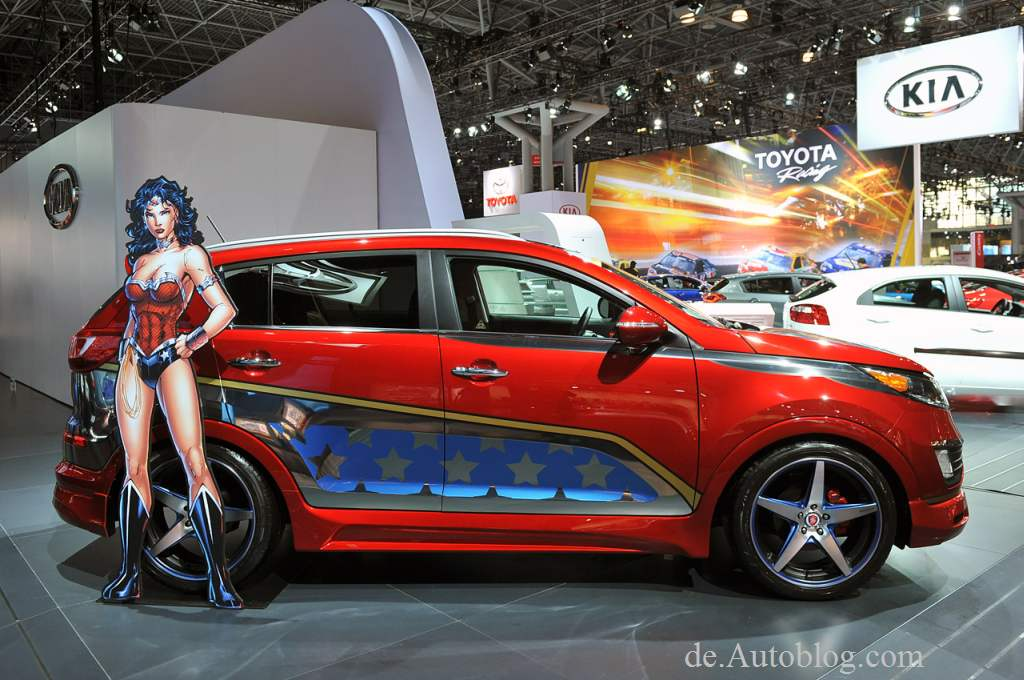 Aquaman, Batman, DC Entertainment, DcEntertainment, featured, Felge, Flash, Forte, Green Lantern, Kia, Optima, Rad, Rio, Sema, Sema Tuning show, Soul, styling, Tuner, Tuning, We can be heroes, Zubehör, Wonder Woman, Sportage,