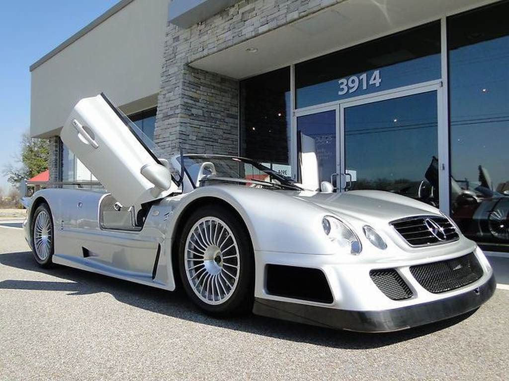 Auf eBay:  seltener Mercedes CLK GTR fr 2 Mill. 
