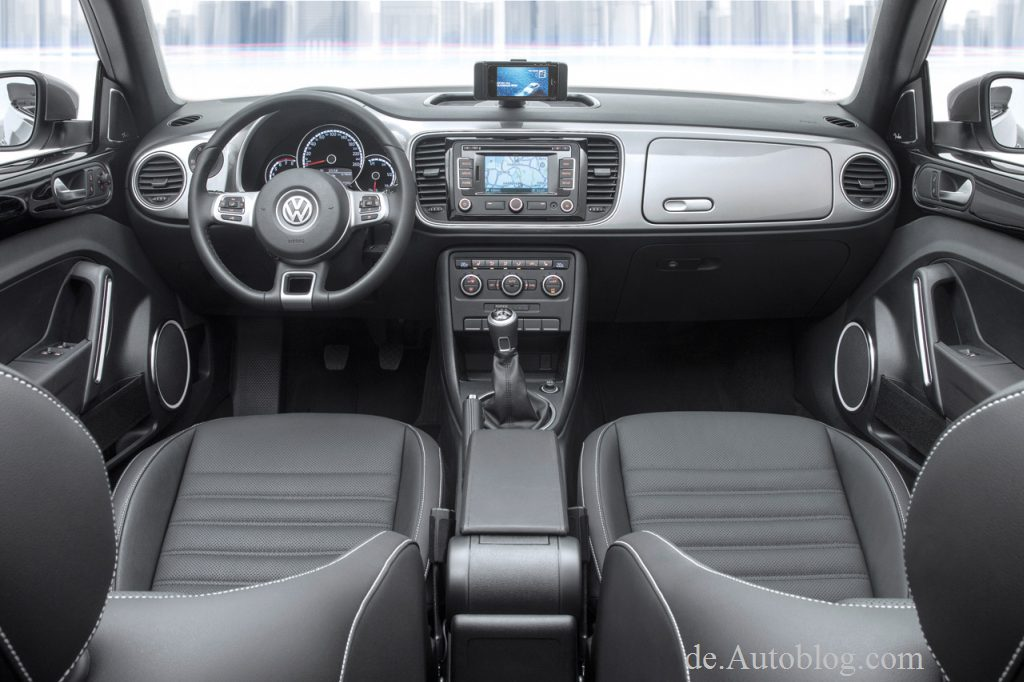 VW Beetle, Shanghai, ibeetle, VW ibeetle, premiere, debt, auto shanghai, 2013, sondermodell, VW i-Beetle, iPhone, integration, smartphone, app, dockingstation, iPhone 5, 