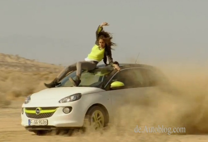 Autodach surfen, AutodachSurfen, car surfen, car surfing, CarSurfen, CarSurfing, dämmlich, dümmer, dumb, dumm, featured, film, idiotisch, video, werbung, Lovelyn, Opel Adam, TV Spot