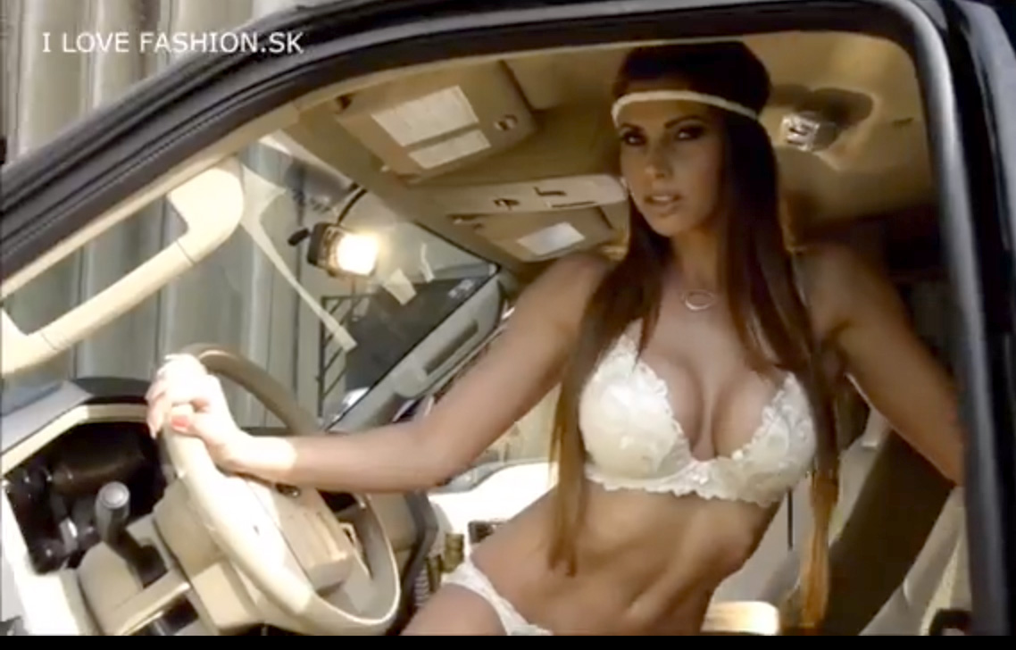 sexy driving, Miss Tuning, Miss carat Tuning, sexy girls, erotisch, wheels, heels, video,