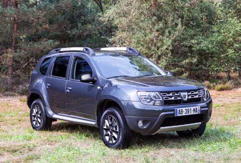 dacia duster 2013 dacia duster 2013 autoblog autos weblog. Black Bedroom Furniture Sets. Home Design Ideas