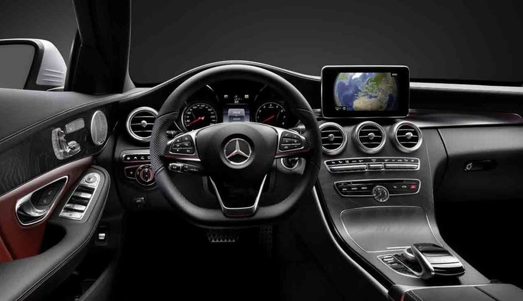 Interieur mercedes c klasse for Interieur mercedes c klasse