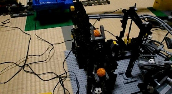 Unglaubliche Lego-Maschine: Great Ball Contraption mit 20 Modulen