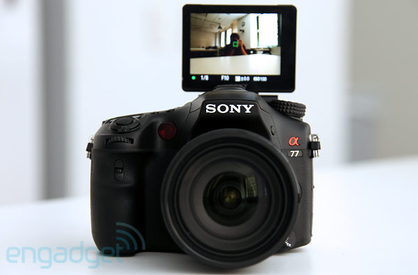 Hands-On Preview: Sony Alpha A77 (Videos)