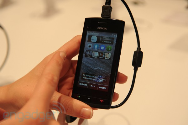 IFA 2011: Nokia 500 Hands-On