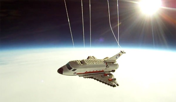Video: Lego Space Shuttle fliegt ins All, wir sind live dabei