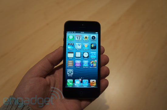 Hands-On: iPhone 5 (Video)