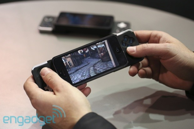 iFrogz Caliber Advantage iPhone 5 Gaming Controller Hands-On