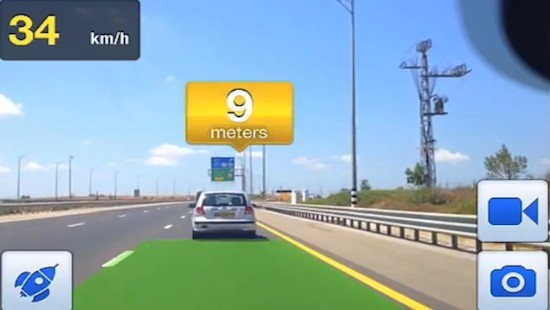 iOnRoad: Augmented Reality Smartphone-Fahrhilfe
