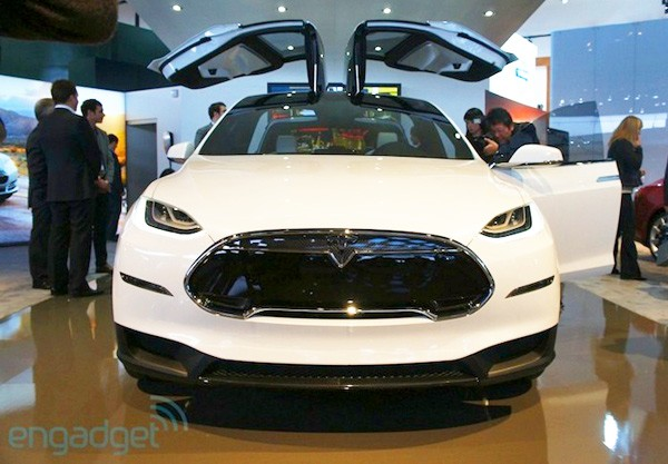 Sit-in: Tesla Model X, Hands-on: Touchscreen-Mittelkonsole (Video)