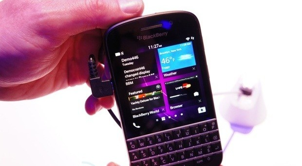 BlackBerry Q10: 3,1-Zoll Display, QWERTY-Keyboard (Video)