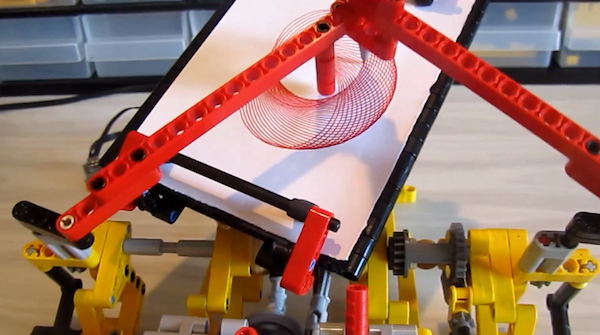 DIY: Vollmotorisierter LEGO-Spirograph (Video)