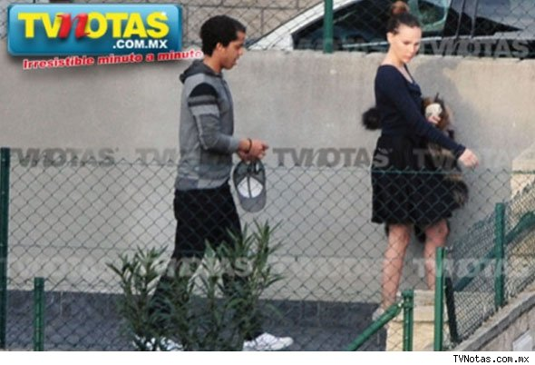 belinda dating giovani dos santos Playersgfcom - girlfriend, wife, wags & boyfriend photo: pics of a football: giovani dos santos split up with his ex-girlfriend belinda peregrín schüll.