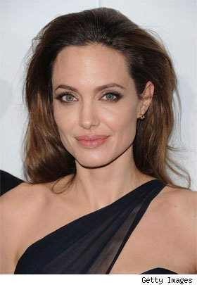 angelina jolie sobredosis