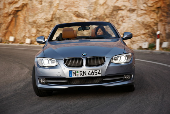 580bmw_3_coupe_ca_09.jpg
