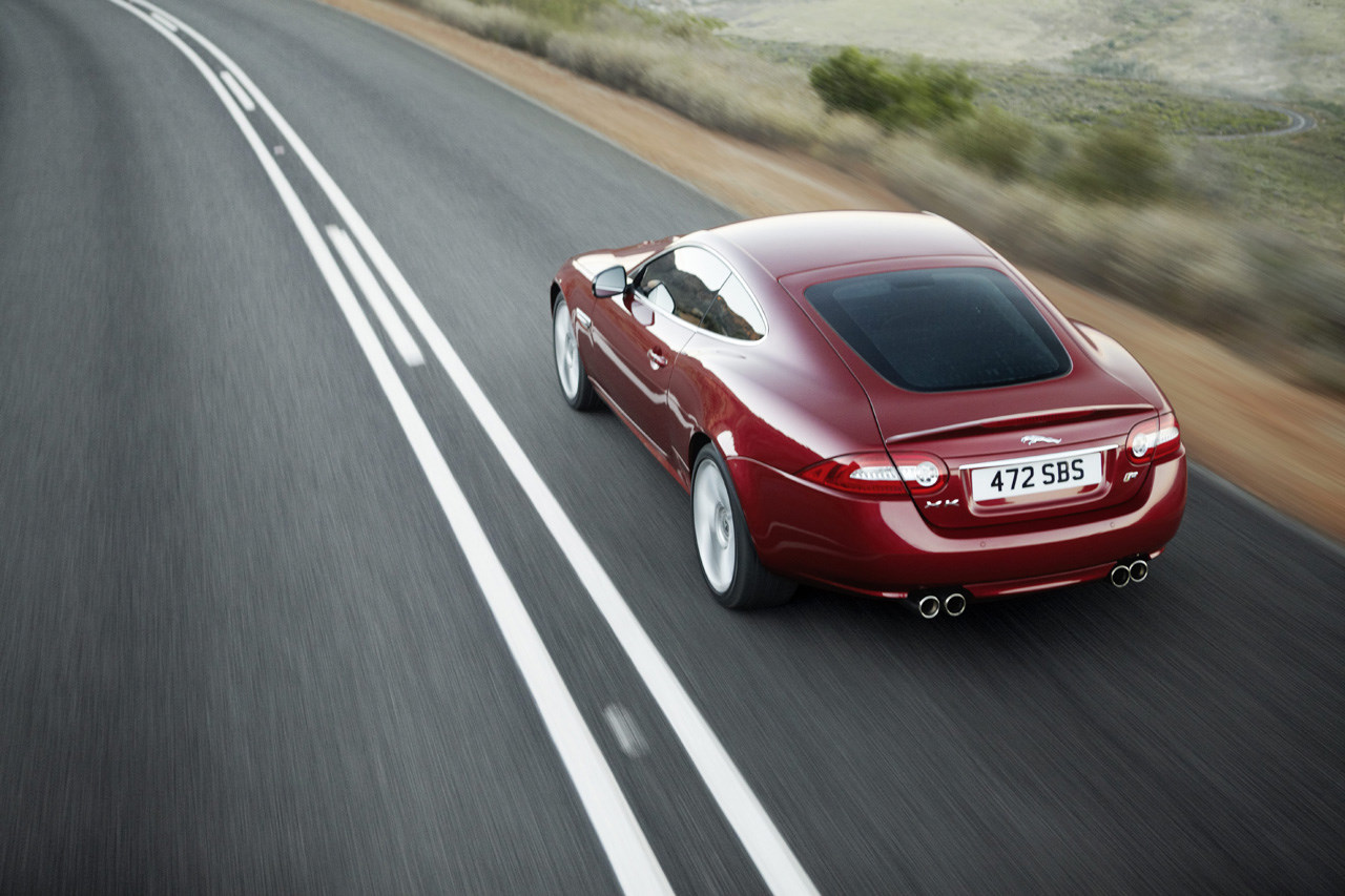 xkr-coupe201202.jpg