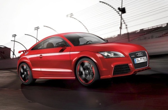 Oficial: Audi TT RS plus