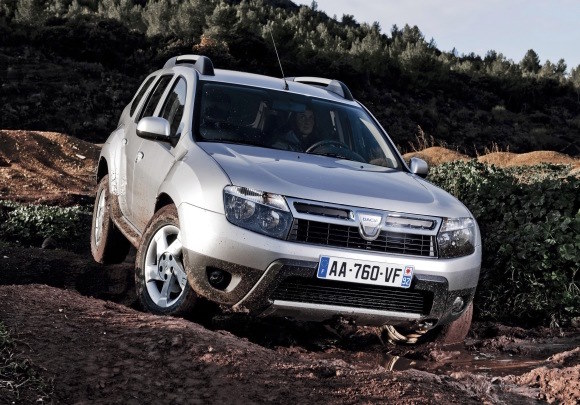 Llamadas a revisi&oacute;n: Dacia Duster, Nissan Qashqai, Pathfinder y Navara