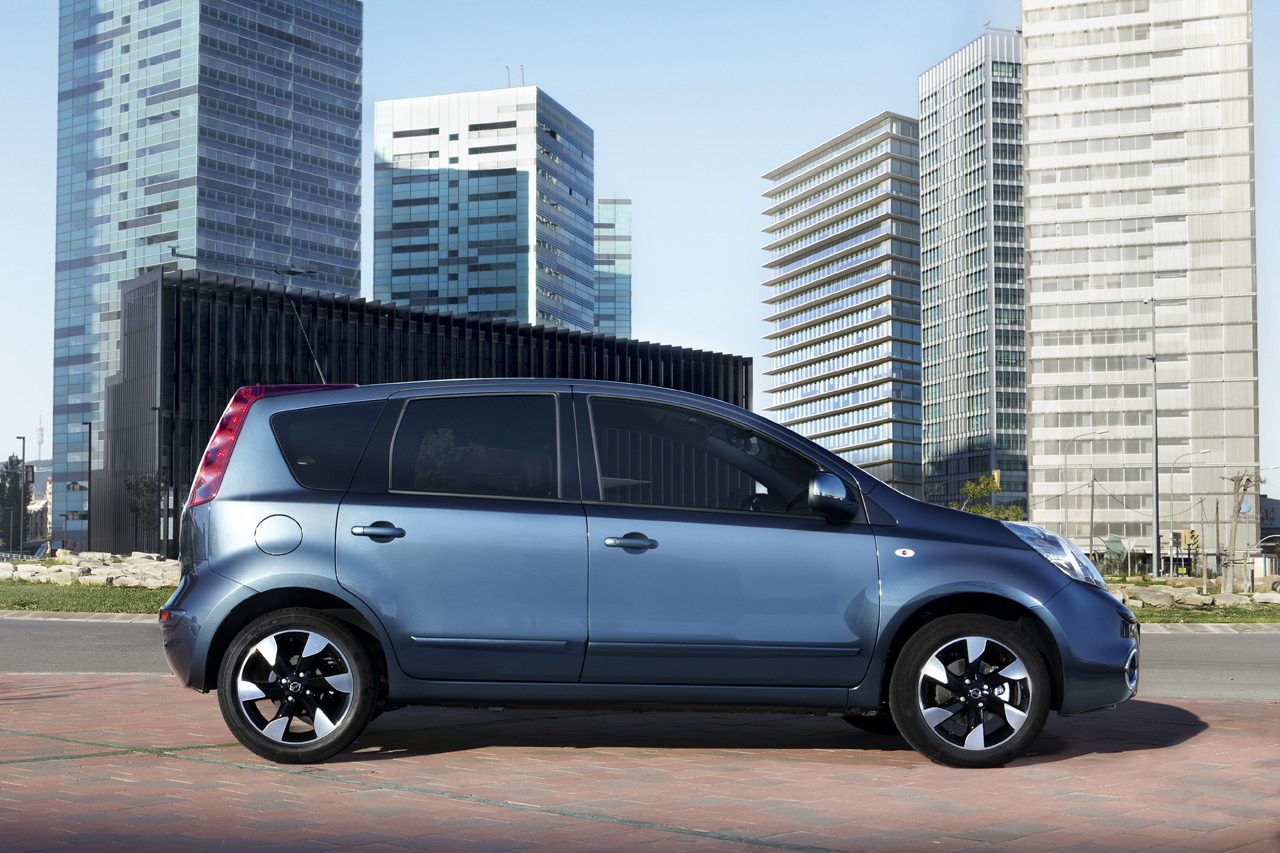nissan note i facelift topic ufficiale 2008 nissan. Black Bedroom Furniture Sets. Home Design Ideas