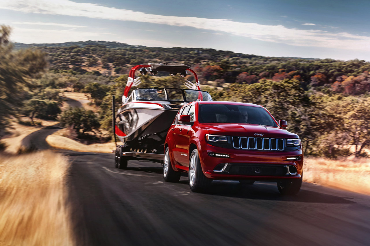 23-2014-jeep-grand-cherokee-srt8.jpg