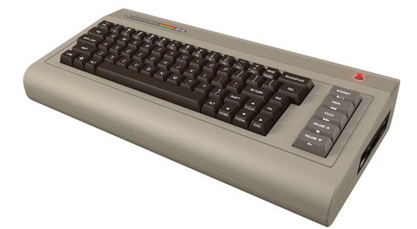 Comparan al Commodore C64 con el original (con video)