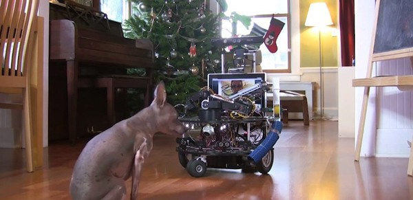 DarwinBot, el cuidador de mascotas ms aplicado del lugar (con vdeo!)