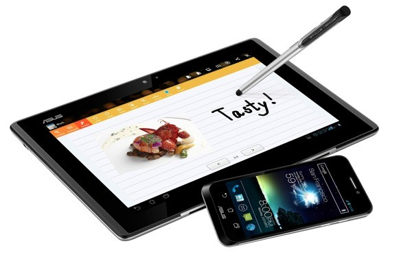 ASUS Padfone es oficial: pantalla Super AMOLED de 4,3'', ICS y S4 - MWC 2012