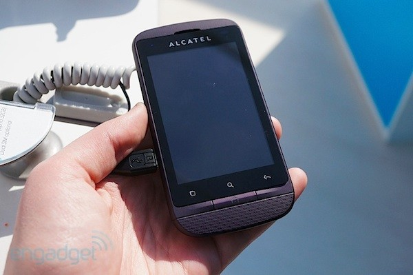 Alcatel One Touch Smart 918 en nuestras manos - MWC 2012
