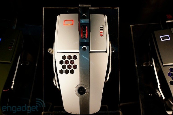 Thermaltake Level 10 M Mouse en nuestras manos - CeBIT 2012