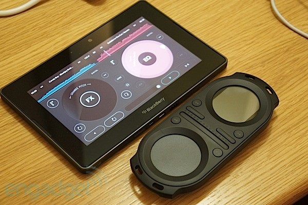 Pacemaker se planta en la BlackBerry World 2012 con una aplicacin de DJ para el PlayBook (en vdeo!)