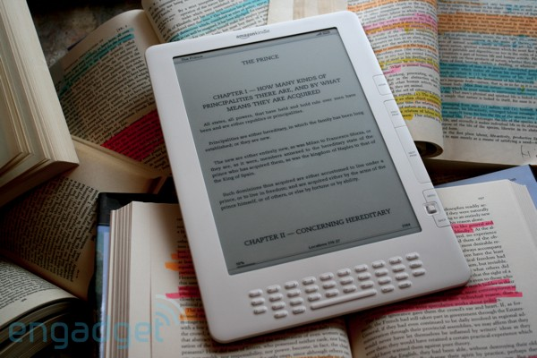 Amazon impone un lmite de 50 MB al navegador experimental de los Kindle con 3G ms antiguos