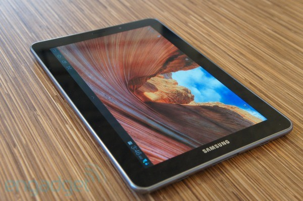 Apple consigue bloquear las ventas del Samsung Galaxy Tab 7.7 'a nivel europeo' (pero con resultados inciertos)