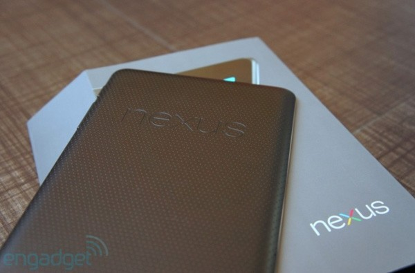 ASUS explica por qu el Nexus 7 no tiene cmara trasera. La culpa, del parn