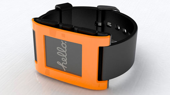 Pebble Smartwatch llega tarde a su cita con sus fans este septiembre (y la culpa es de la fama)