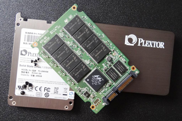 SSD Plextor M5S a la venta a mediados de mes, con precios y velocidad a considerar