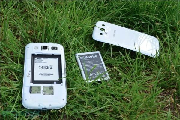 Samsung Galaxy S III de 64 GB sigue vivo y llegará al mercado