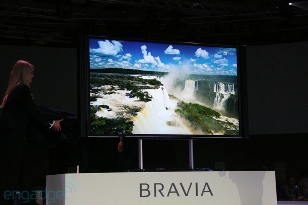 Sony Bravia KD-84X9005 muestra sus gignticas 84 pulgadas y su resolucin 4K - IFA 2012