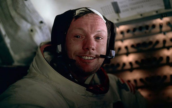 Muere Neil Armstrong, el primer hombre en pisar la Luna